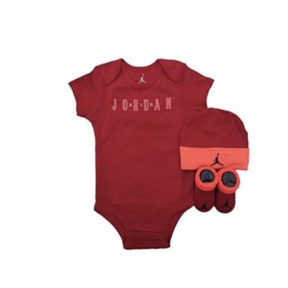 ae453d411cb8f7 NIKE Jordan Jumpman 3 Piece Infant Set